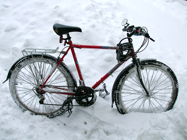 Workhorse bike on a snowy day