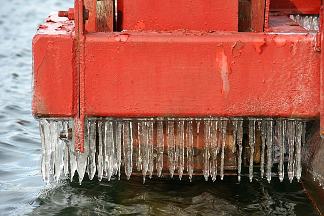 Small icicles hanging from the pontoon bridge