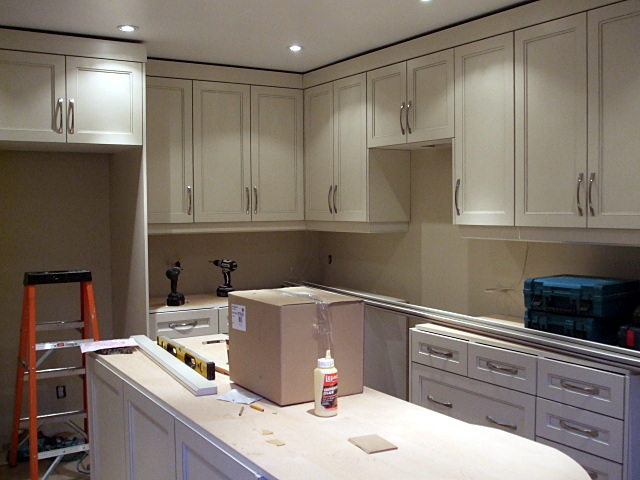 Kitchen cabinets reno cherry cabinets kitchen cabinets for Kitchen cabinets reno