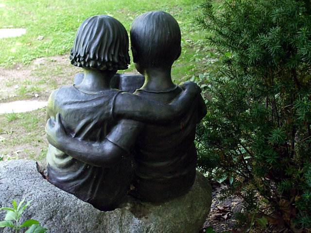 Monument in Mount Pleasant Cemetery, Toronto