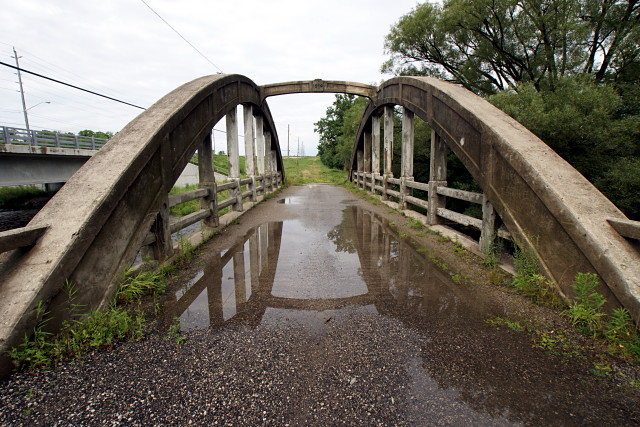 Concrete bowstring bridge outside Guelph
