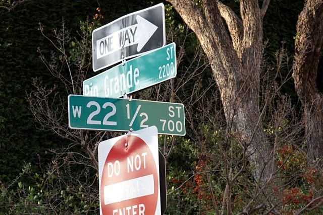 W. 22-1/2 Street